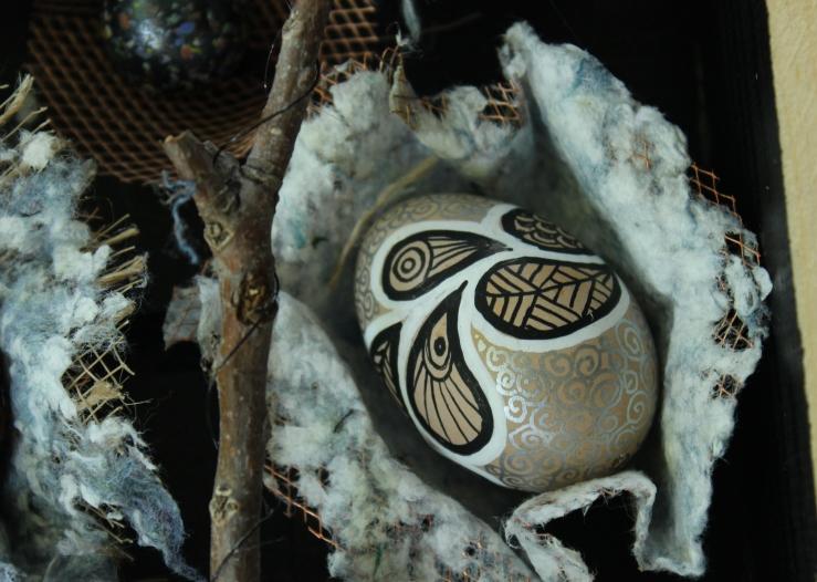 detail egg cluster